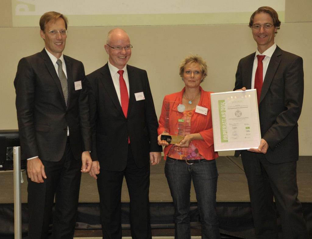 "Erlangen ""Recyclingpapierfreundlichste Stadt 2014"""
